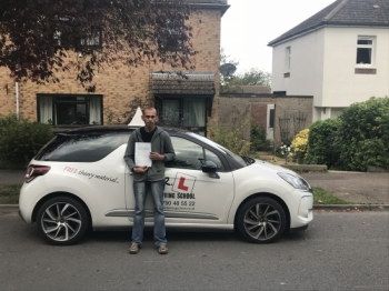 Congratulations to Ian Van-Eken from Newmarket who passed 1st time in Cambridge on the 25-10-17 after taking driving lessons with MRL Driving School