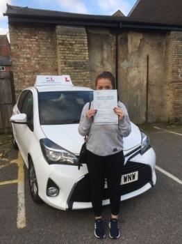 Congratulations to Lucy Simpson from Newmarket who passed 1st time in Cambridge on the 25-10-17 after taking driving lessons with MRL Driving School