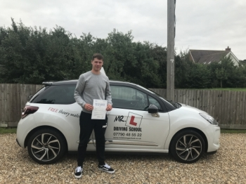 Congratulations to Pete Schiller from Newmarket who passed in Cambridge on the 28-8-18 after taking driving lessons with MR.L Driving School.