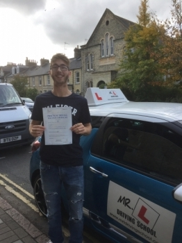 Congratulations to Korey Morris from Cambridge who passed 1st time on the 12-10-17 after taking driving lessons with MRL Driving School