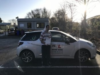 Congratulations to Lindon Sharpe from Cambridge who passed on the 14-12-17 after taking driving lessons with MRL Driving School