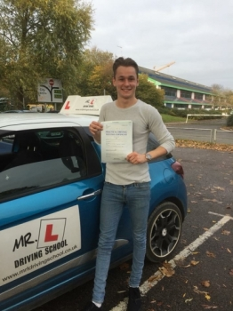 Congratulations to Matthew Buckley from Cambridge who passed 1st time in Cambridge on the 8-11-17 after taking driving lessons with MRL Driving School