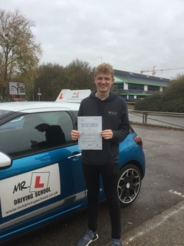 Congratulations to Daniel Topps from Newmarket who passed 1st time in Cambridge on the 2-12-17 after taking driving lessons with MRL Driving School