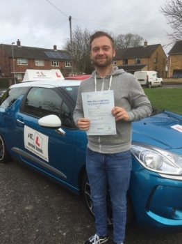Congratulations to Todd Catchpole from Fulbourn who passed 1st time in Cambridge on the 15-12-17 after taking driving lessons with MRL Driving School