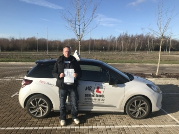 Congratulations to Dan Thacker from Waterbeach who passed his driving test in Cambridge on the 17-1-18 after taking lessons with MRL Driving School