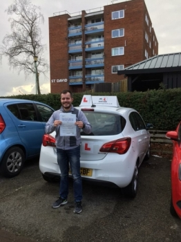 Congratulations to Mateusz Studencki from Newmarket who passed 1st time on the 6-2-18 in Cambridge after taking driving lessons with MR.L Driving School....