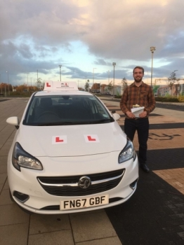Congratulations to Tom from Ely who passed 1st time in Cambridge on the 29-11-17 after taking driving lessons with MRL Driving School
