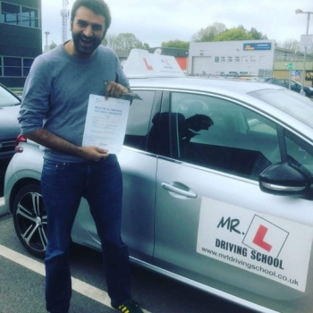 Congratulations to Favaad Iqbal from Cambridge who passed 1st time on the 9-5-19 after taking driving lessons with MR.L Driving School.