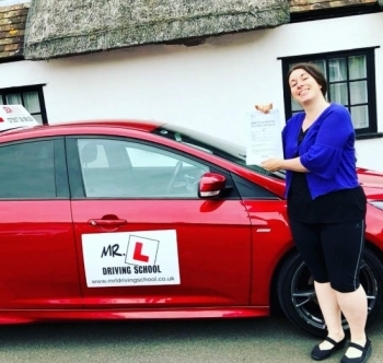 Congratulations to Kirsty March from Cambridge who passed 1st time on the 4-6-19 after taking driving lessons with MR.L Driving School.