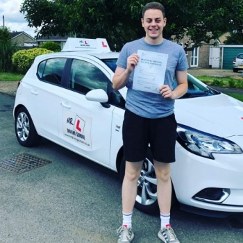 Congratulations to Jon Collins from Haddenham who passed 1st time in Cambridge on the 6-6-19 after taking driving lessons with MR.L Driving School.