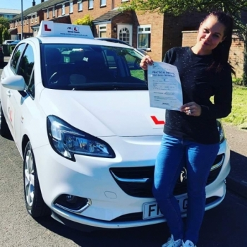 Congratulations to Aiste from Cambridge who passed 1st time on the 21-6-19 after taking driving lessons with MR.L Driving School.<br />