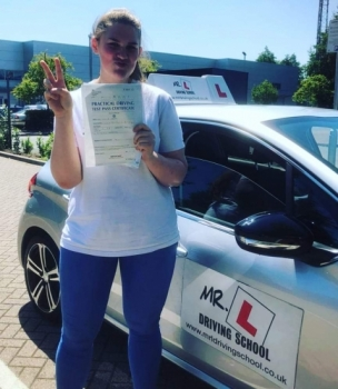 Congratulations to Nancie Hawes from Newmarket who passed 1st time in Cambridge on the 27-6-19 after taking driving lessons with MR.L Driving School.