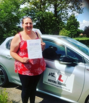Congratulations to Kylie Cooper from Swaffham Bulbeck who passed on the 11-7-19 after taking driving lessons with MR.L Driving School.