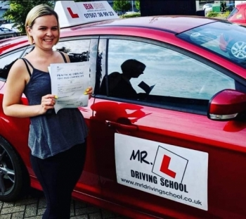 Congratulations to Louise Reynolds from Soham who passed 1st time on the 17-7-19 in Cambridge after taking driving lessons with MR.L Driving School.