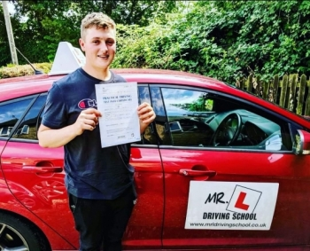 Congratulations to Jack Leaman from Cheveley who passed 1st time on the 26-7-19 in Bury St Edmunds after taking driving lessons with MR.L Driving School.<br />