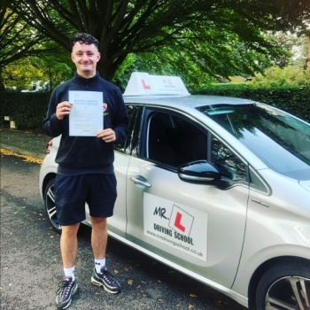 Congratulations to Luke Hale who passed in Cambridge on the 10-9-19 after taking driving lessons with MR.L Driving School.