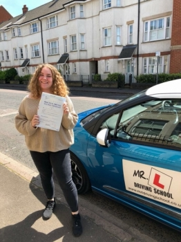 Congratulations to savannah halls from Sutton who passed 1st time in Cambridge on the 6-6-18 after taking driving lessons with MR.L Driving School.