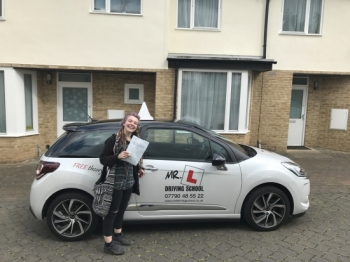 Congratulations to Abbie Jasmine-Young from Haddenham who passed 1st time in Cambridge on the 12-5-17 after taking driving lessons with MRL Driving School