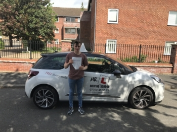 Congratulations to Jordan Riley from Newmarket who passed in Cambridge on the 16-5-17 after taking driving lessons with MRL Driving School
