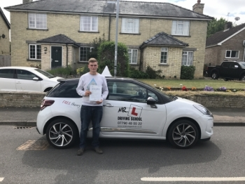 Congratulations to Shaun Leaman from Chevely who passed 1st time in Cambridge with just 2 minor faults on the 23-6-17 after taking driving lessons with MRL Driving School
