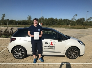 Congratulations to Christopher Williams from Cambridge who passed 1st time on the 22-9-17 after taking driving lessons with MRL Driving School