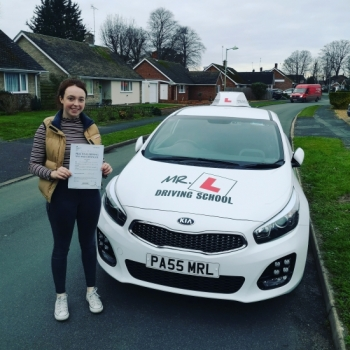 Congratulations to Niamh from Newmarket who passed 1st time in Cambridge on the 28-12-18 after taking driving lessons with MR.L Driving School.