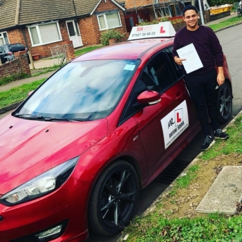 Congratulations to Ty Evans from Cambridge who passed 1st time on the 14-1-19 after taking driving lessons with MR.L Driving School.