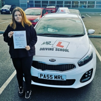 Congratulations to Jade Jones from Newmarket who passed 1st time in Cambridge on the 11-2-19 with just 3df´s after taking driving lessons with MR.L Driving School.