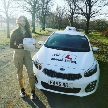 Congratulations to Charley Game from Fordham who passed 1st time in Cambridge on the 22-2-19 after completing an intensive driving course with MR.L Driving School.