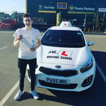 Congratulations to Kieran Barton from Streatham who passed in Cambridge on the 25-2-19 after taking driving lessons with MR.L Driving School.