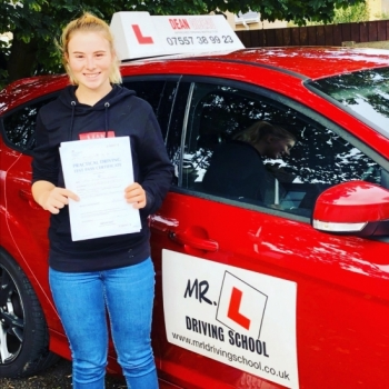 Congratulations to Alicia Kingstone from Newmarket who passed 1st time in Cambridge on the 8-10-19 after taking driving lessons with MR.L Driving School.