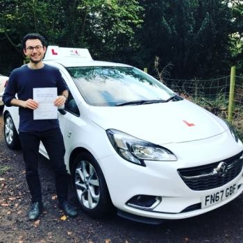 Congratulations to Dr. Alaa Al-Mohammad from Cambridge who passed his driving test on the 1-11-19 after taking driving lessons with MR.L Driving School.