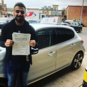 Congratulations to Gaylan from Cambridge who passed on the 6-11-19 after taking driving lessons with MR.L Driving School.