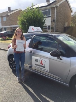 Congratulations to Vicky Kidd from Streatham who passed 1st time in Cambridge on the 6-10-16 after taking driving lessons with MRL Driving School