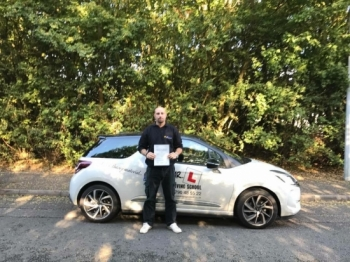 Congratulations to Rich Garcia from Isleham who passed 1st time in Cambridge on the 11-10-16 after taking driving lessons with MRL Driving School