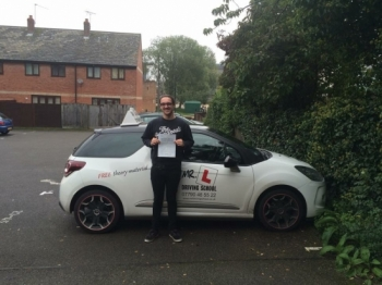 Congratulations to Sam Boseley who passed 1st time in Bury St Edmunds on the 7-10-15 after taking driving lessons with MRL Driving School
