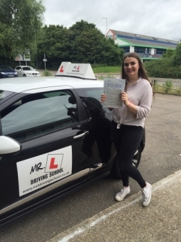 Congratulations to Kira from Haddenham who passed 1st time on the 8-7-16 in Cambridge after taking driving lessons with MRL Driving School