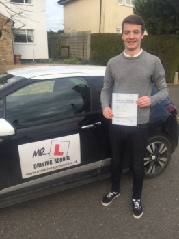 Congratulations to Jake Alsop from Haddenham who passed in Cambridge on the 19-2-16 after taking driving lessons with MRL Driving School
