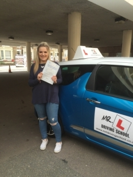 Congratulations to Summer from Cambridge who passed on the 12-7-16 after taking driving lessons with MRL Driving School