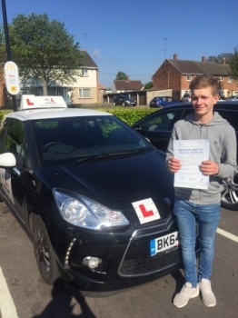 Congratulations to Hayden from Witchford who passed 1st time in Cambridge on the 17-5-16 after taking driving lessons with MRL Driving School