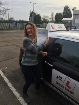 Congratulations to Janine from Cambridge who passed 1st time on the 18-1-16 after taking driving lessons with MRL Driving School